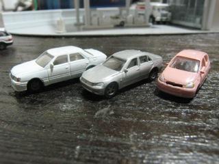 KATO 乗用車セット1を塗装 その2