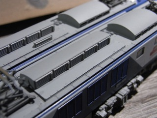 EF64 新更新色 リアクトル排風口を撤去