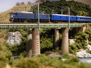 EF64 1000+24系 寝台特急出羽と鉄橋セクション