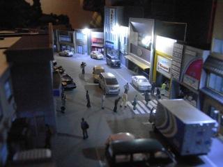 水上駅セクション 駅前の夜