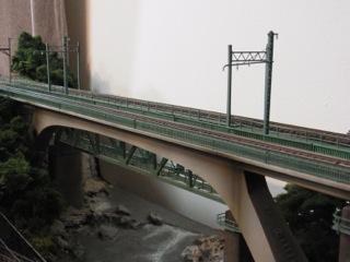 第八利根川橋梁セクの手すりを改修